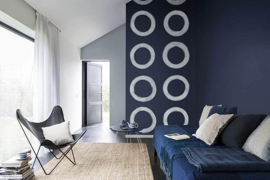 Farbe des Jahres 2017 - Ruhebereich mit blauer Wand