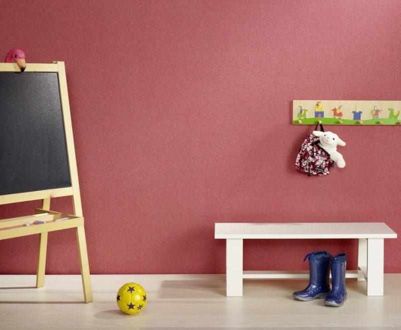 Kinderzimmer mit roter Wandfarbe - Hofele Stuckateur und Maler Süssen, Kreis Göppingen