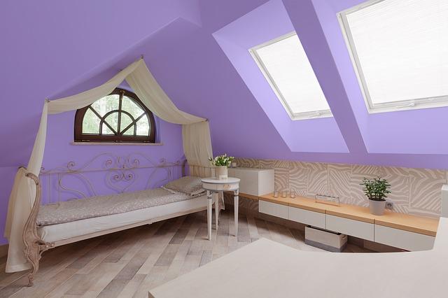 Schlafzimmer in violett - Hofele Stuckateur und Maler, Süssen, Kreis Göppingen