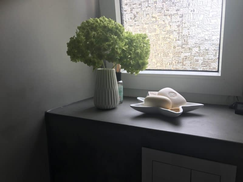 fugenlose Toilette nach Renovierung - Hofele Stuckateur und Maler Süssen, Kreis Göppingen
